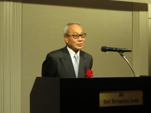 在仙媒体代表で挨拶される エフエム仙台 代表取締役社長 剣持様